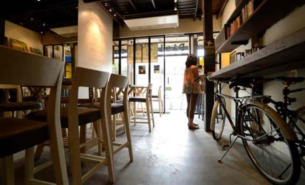Dialogue Coffee Room