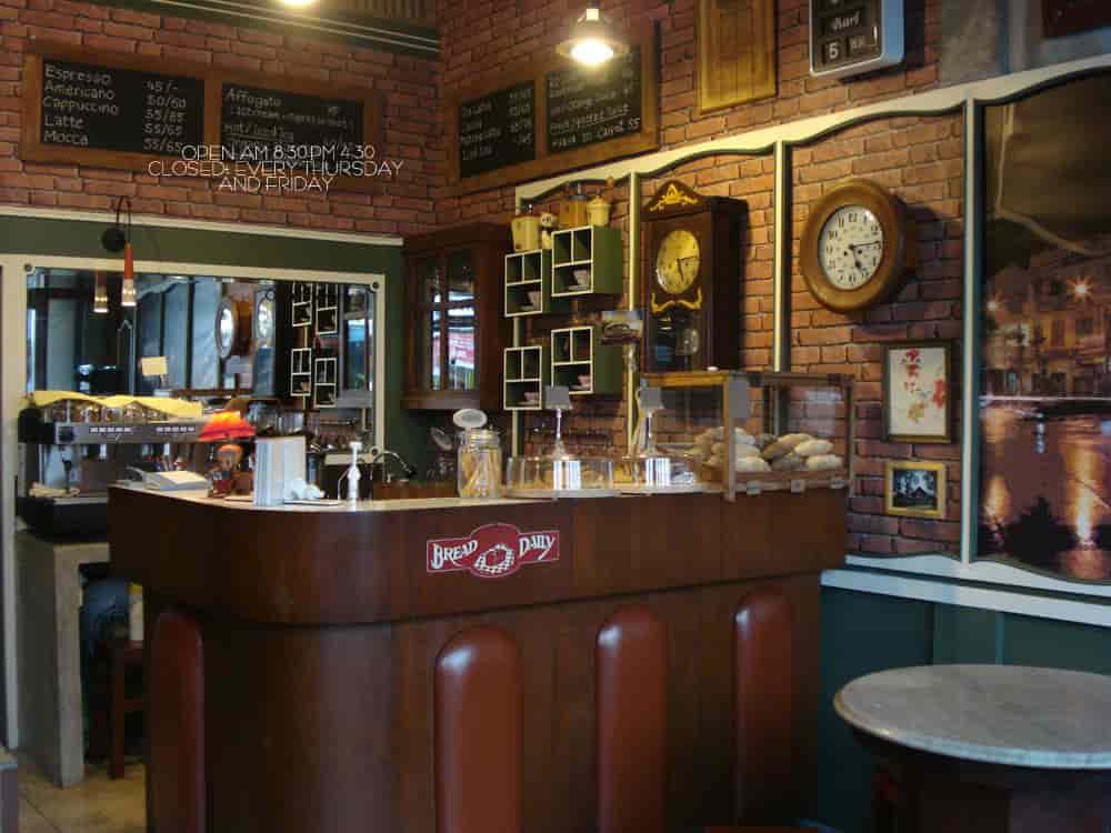 Old Town Cafe Bangkok Faiday all