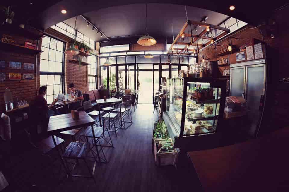 im-cafe-room